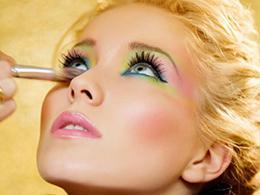 Как сделать Ваш макияж идеальнымКак сделать Ваш макияж идеальным